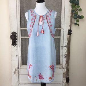 Romeo & Juliet Couture Chambray Tassel Dress (KK8)